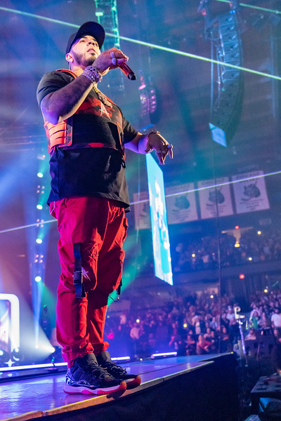 Anuel AA show at the Allstate Arena on November 8,