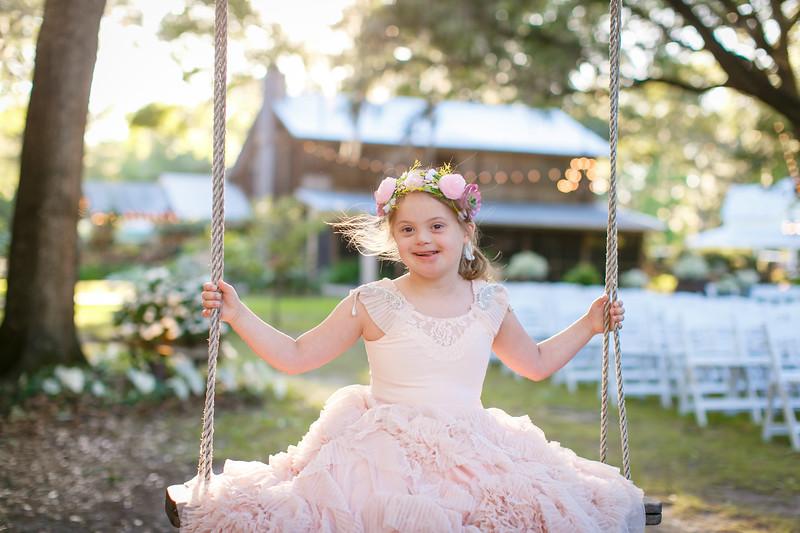 CAP2017-MadisonKyle-WEDDING-Giselle-TuckersFarmhouse-1040.jpg