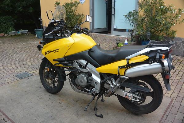 DL1000