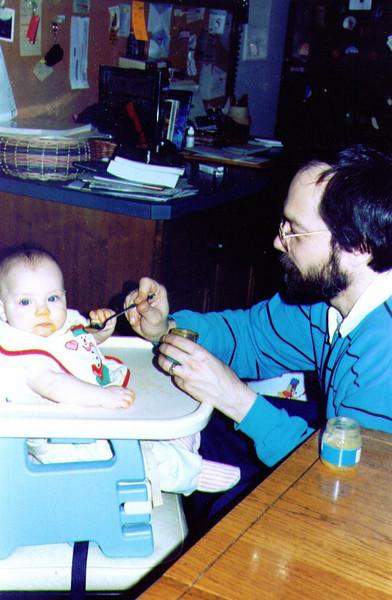 Alina & Dave, Chow Time, Christmas 1992, .jpg