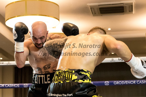 Bout 3. Jordan Clayton vs Danny Little