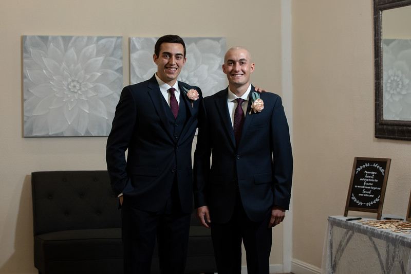 Mr and Mrs Souza-42.jpg