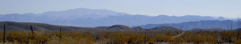 distant ranges pano.jpg
