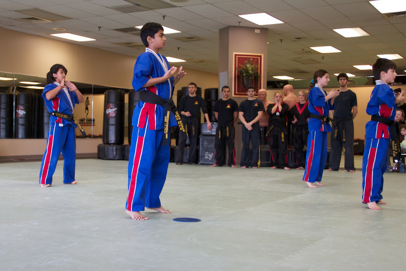20111119 Griffin Orange Belt  03.jpg