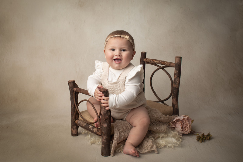 Talia's 6 month session-14.jpg