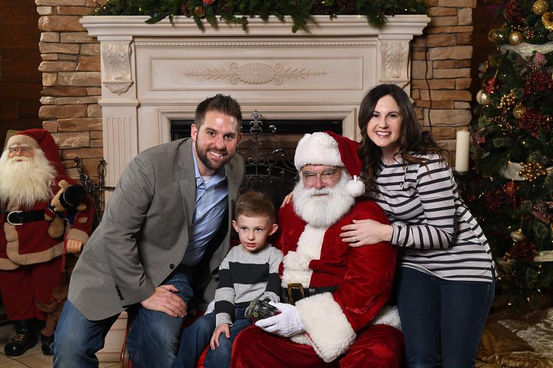 Santa2018.TylerBoye.-127.jpg