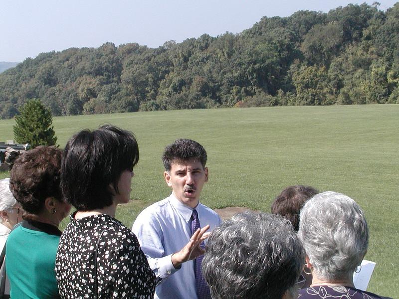 2002-09-29-Community-Field-of-Dreams-Tour-1_107.jpg
