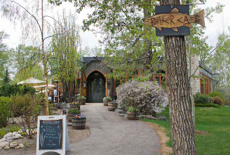 RiverCafe_Entrance_Spring.jpg