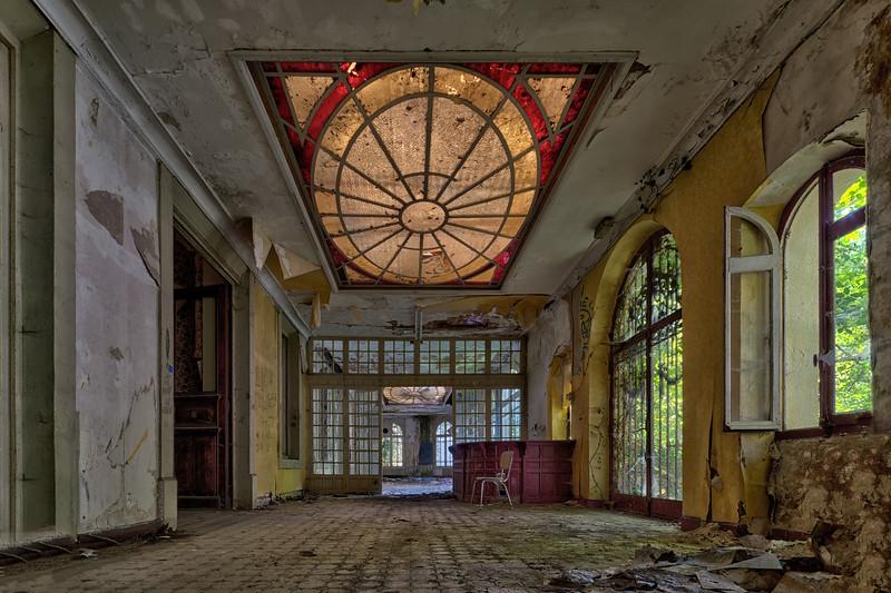 Hotel de Ville (2).jpg