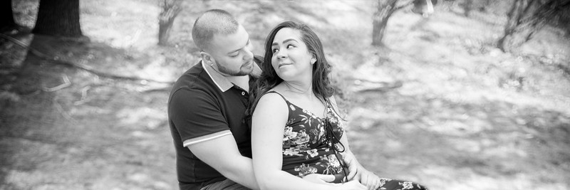 04/05/18 Jenny, Shawn & A Baby. It's Happening! -  Maternity Portraits- Stanley Park Westfield, MA- New England Candid Photo Studio