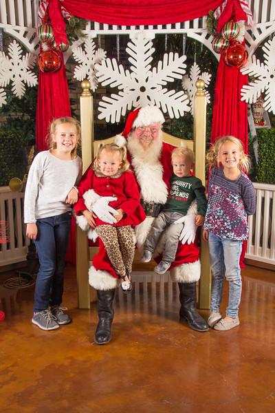 Santa 12-16-17-231.jpg