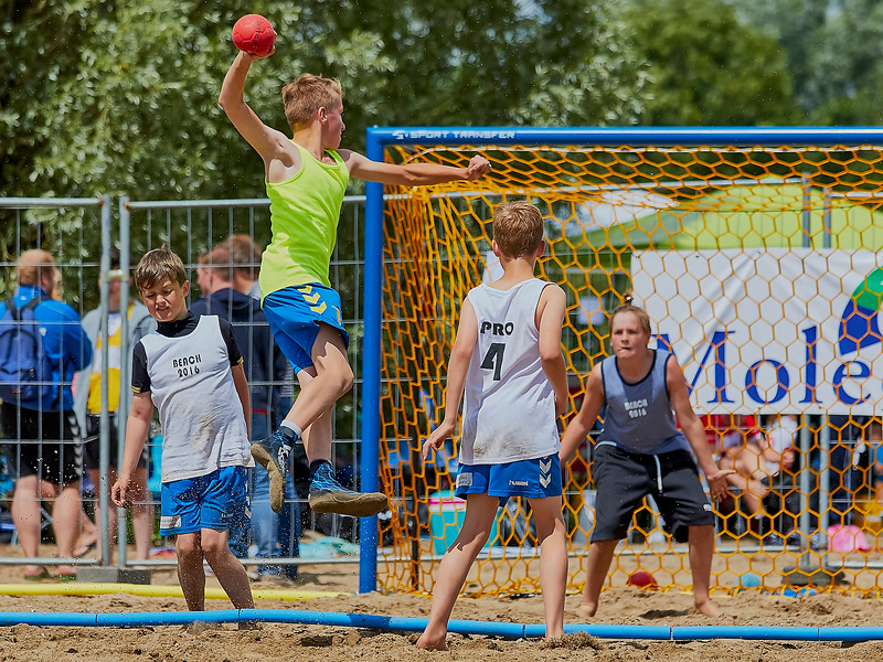 Molecaten NK Beach Handball 2016 dag 1 img 036.jpg