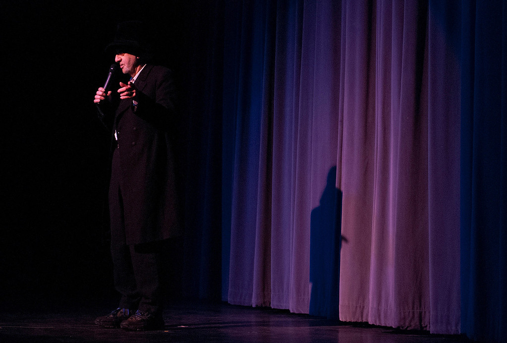 . Kayla Rice/Reformer Comedian Loren Mills performs at the Winter Carnival variety show on Tuesday evening.