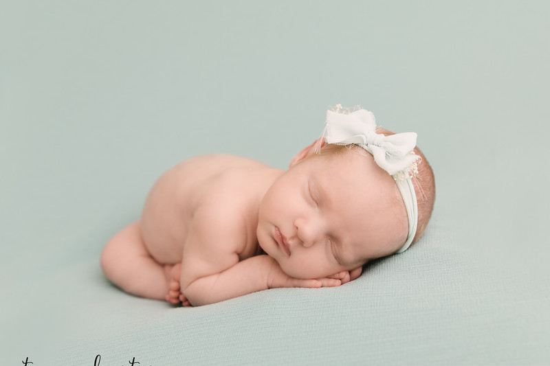 Autumn-Newborn-Low-Resolution370A0162-Edit.jpg