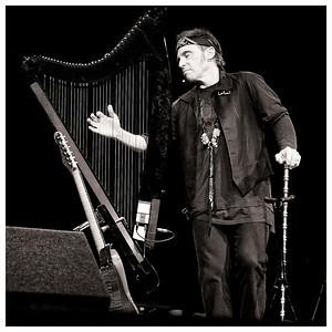 NILS LOFGREN @ ALBAN ARENA. JUNE 2011