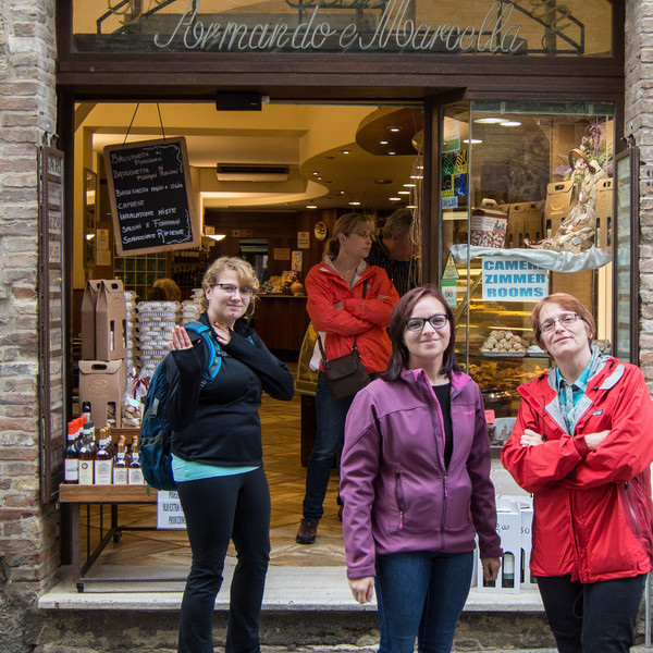 Nice shops in San Gimignano