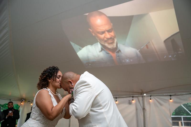 Rob & Gladys Wedding (1300).jpg