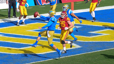UCLA/USC GAME 2018 AT THE ROSE BOWL