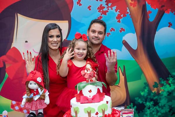 Festa Chapeuzinho Vermelho no Espaço Algazarra da Manuela
