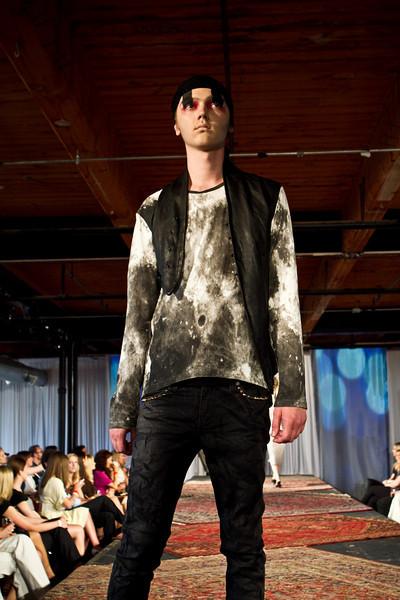 Salvage One_fashion show-83.jpg