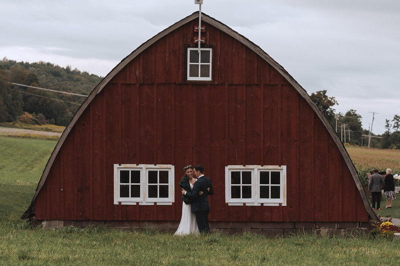 Arlington Acres LaFayette Upstate New York Barn Wedding Photography 160.jpg