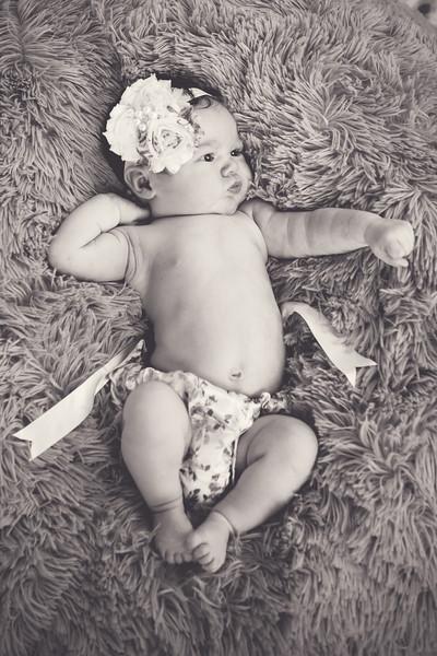 Kinsley's Newborn Portraits