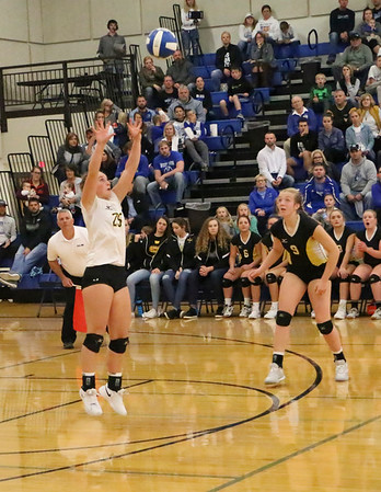 Boyden-Hull volleyball at West Lyon: Class 2A Region 1 volleyball tournaments 10-25-18