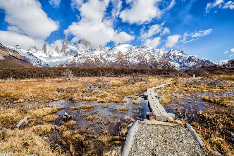 Hiking in Patagonia - Lina Stock