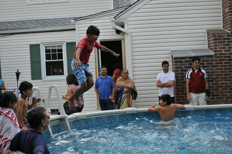 2014-08-23_BarBQ_PoolParty@MunnyKakHomeWantaghNY_007.jpg