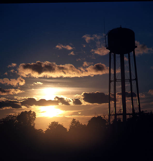 sunsetwatertower.jpg