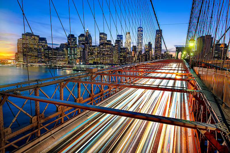 Brooklyn-Bridge-Light-Trails.png