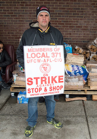 04/15/19 Wesley Bunnell | Staff Senator Richard Blumenthal visited area Stop & Shop Supermarkets on Monday afternoon speaking to striking workers on the importance of not just protecting their jobs but helping to uphold other jobs in the middle class. Union Steward Richard Delaney stands outside of the New Britain Stop & Shop.