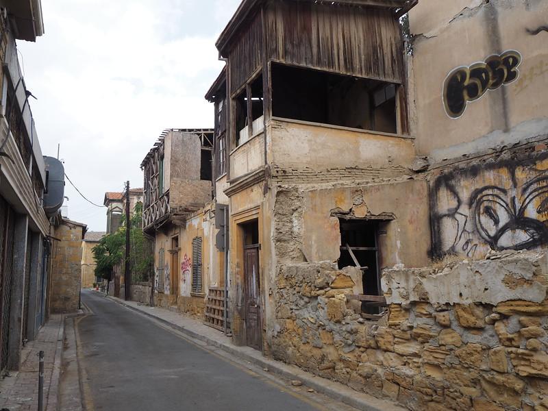 P8050056-ruined-street.JPG