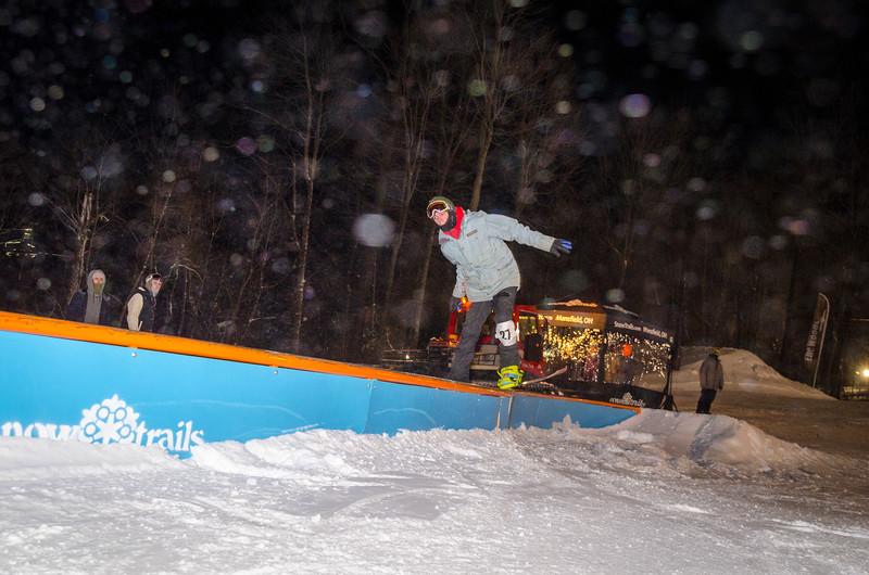 Nighttime-Rail-Jam_Snow-Trails-129.jpg