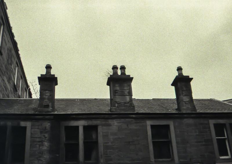 3 Chimneys