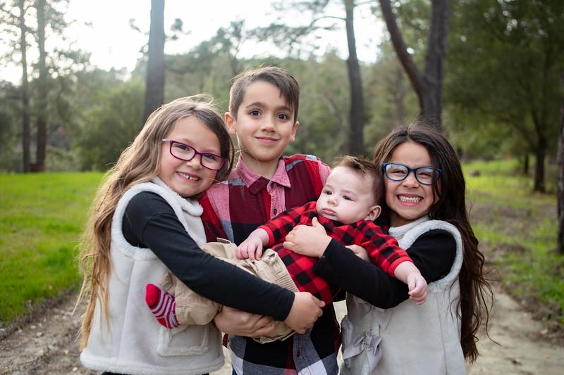 Damian Family-10.jpg