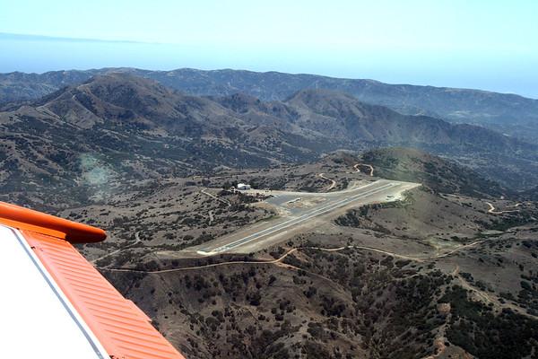 2007 Flying into Catalina Island with Mark & Kay