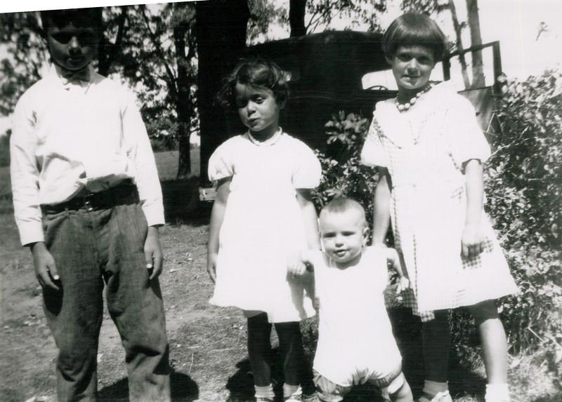 1930S Donald, Wilma, Eileen and Lloyd.jpeg