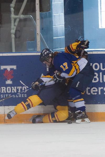 20130310 QWHockeyvsUBC 436.jpg