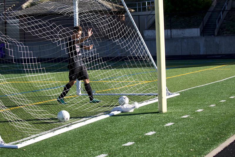 2017 BHS Boys JV Soccer  2017-09-19_RMJIMG_1927.jpg