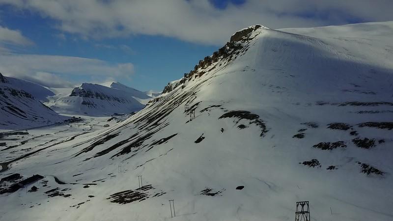 5-22-17012783longyearbyen.MOV