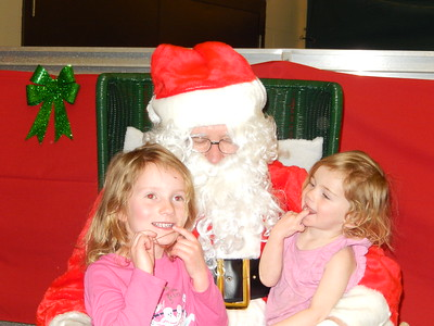 Santa Pictures 12/01/2017 (Julie)