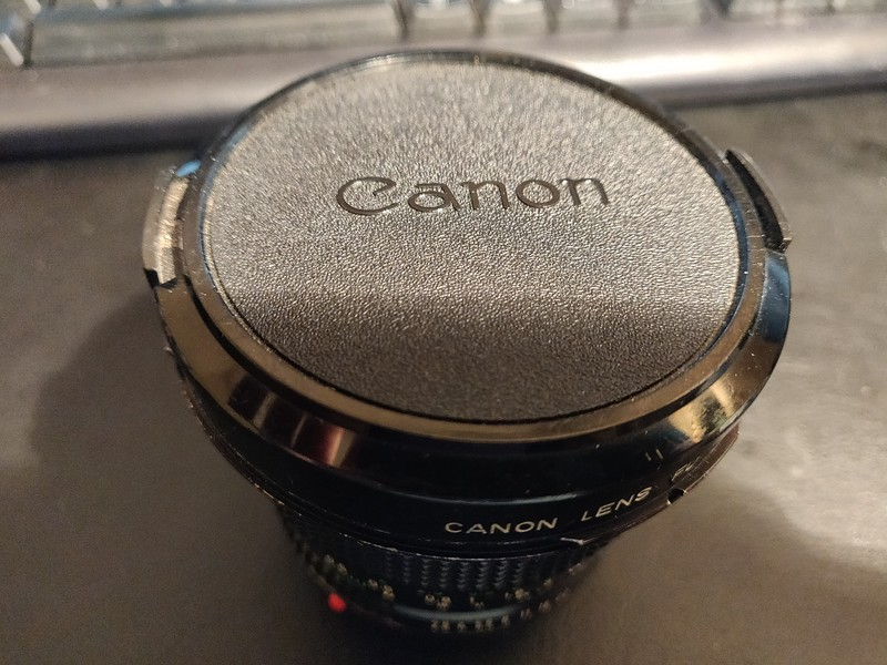 Canon FD 20mm 2.8 - Serial T1100 & 11405 005.jpg