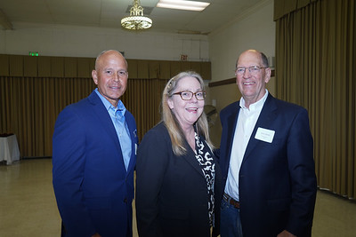 Economist Shares Perspective With City Club