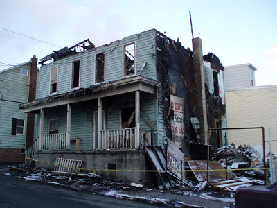 SHENANDOAH BOROUGH STRUCTURE FIRE (After Re-Kindle) on 1-24-2008 PICTURES FROM COALREGIONFIRE