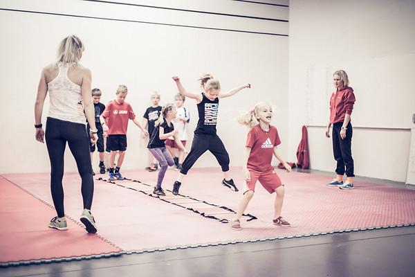 2013 | CrossFit Reykjavik Unveiling