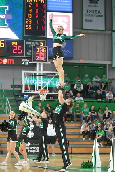 cheerleaders1727.jpg