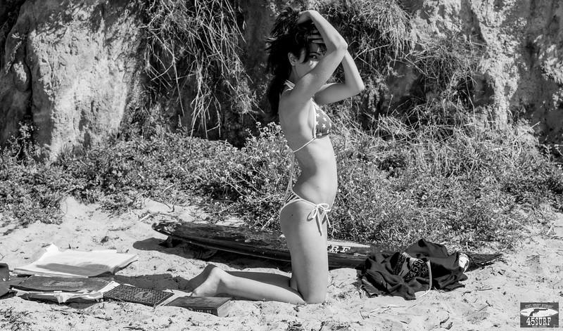Nikon D800 Photos Dark-Haired Dark-Eyed Beauty! Brunette Swimsuit Bikini Model Goddess!