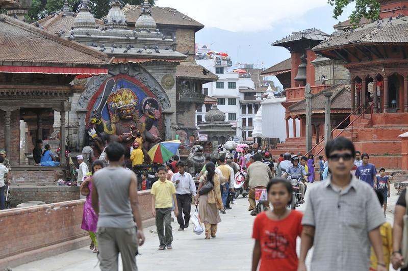 080523 3260 Nepal - Kathmandu - Temples and Local People _E _I ~R ~L.JPG