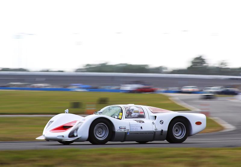 Classic24-2014_#4182-#130-Porsche906.jpg